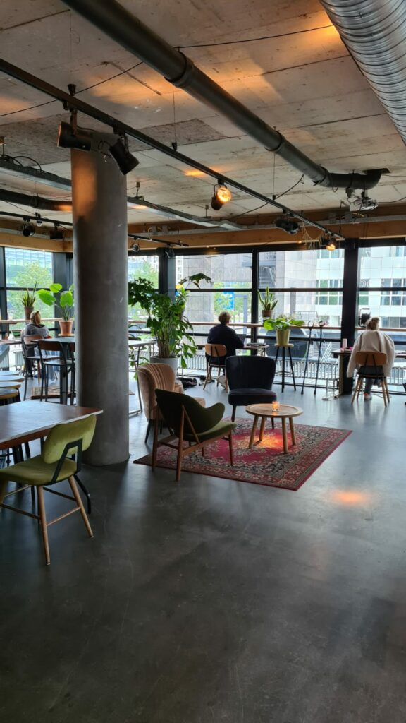 upper floor cowork weena