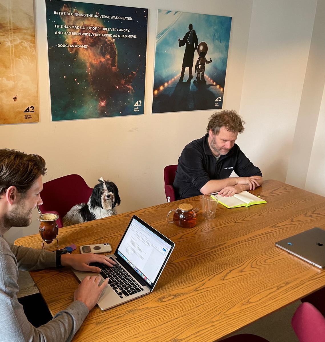 42workspace meeting room